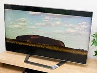 Disappointing Review:  CNET's comprehensive LG 55LM9600 coverage includes unbiased reviews, exclusive video footage and Flat-panel TV buying guides. Compare LG 55LM9600 prices, user ratings, specs and more.