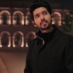 Handsome Prince, Handsome Actors, Singer Talent, Crazy Fans, My Prince Charming, Dress Indian Style, Famous Singers, Cube, Bollywood