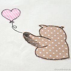 Eule Ursula mit Luftballon ♥ Time to say Goodbye ♥ Eulen Doodle Stickdatei von KerstinBremer.de. Owl appliqué embroidery design for embroidery machines. #sticken #eulenliebe #owllove