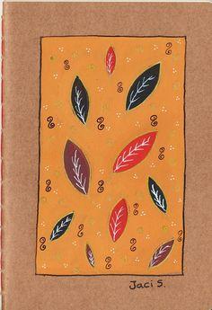 """Descrição: cadernos artesanais, costurados à mão, com arte original pintada nas capas (não é impressão, é pintado à mão de um por um) com tinta nanquim. Tamanho A5 (14,8cm x 21cm); Capa em papel kraft cru 240g; miolo de 60 páginas, em papel off-set 75g nas cores marfim, salmon ou amarelo; bordas arredondadas que evitam a formação de """"orelhas"""". Cada um custa R$20 (comprando a partir de 5 eu faço desconto), para encomendar é só entrar em contato com jacilenelua@gmail.com"""