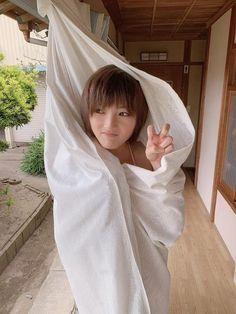 Cantiknya Wanita Jepang! Inilah Deretan Foto Yumi Wakatsuki yang Bikin Meleleh - Page 15 | KASKUS Cute Japanese, Japanese Girl, Nana Okada, Japanese Models, Asian Woman, Raincoat, Idol, Bikini, Female