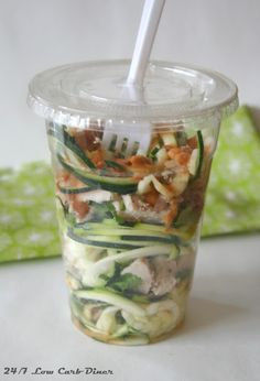 Zoodle Cup Salad with Peanut Dressing Low Carb Diner) Low Carb Recipes, Healthy Recipes, Healthy Lunches, Diet Salad Recipes, Peanut Dressing, Bariatric Eating, Clean Eating Tips, Good Fats, Unique Recipes