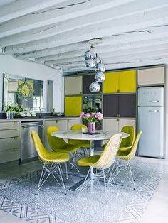 yellow and gray kitchen/retro