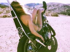 moto-girl