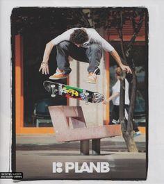 mais uma capa clássica da minha serie de capas plan b skateboards com o skatista profissional torey pudwill clássico do ano de 2011.
