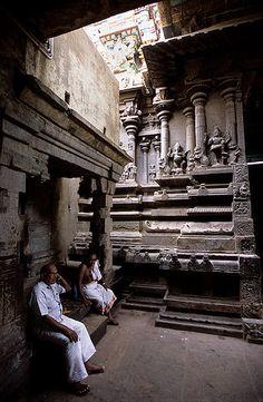 Indian Temple Architecture, Religious Architecture, Ancient Architecture, Beautiful Architecture, Art And Architecture, Ajanta Ellora, Hampi, Madurai, Temple India