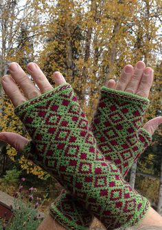 Diamonds are a Hand's Best Friend Mitts - Knit
