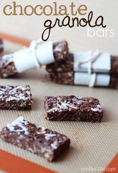 Chocolate granola bars - yum!