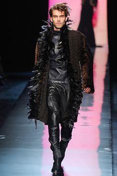 JEAN PAUL GAULTIER FALL 2011 COUTURE MEN COLLECTION