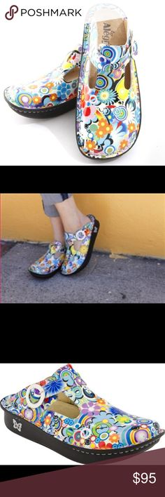 ☮️❤️ 😊 Alegria Donna Hippie Patent Clogs NIB. NURSING SHOES. Safe and comfortable classic clog with hippie print design. Slip resistant sole. Stain resistant leather upper. Flat, stable outsoles to help with perfect posture. Gene rotor box allowing for toe wiggling and prevention of foot fatigue. Arch support. Heel height approx 1.75in. Alegria Shoes Mules & Clogs