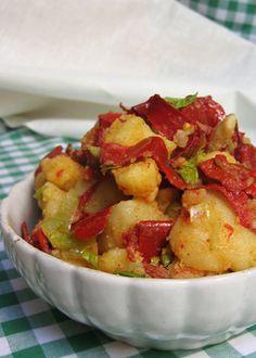Posna salata od krompira, suve paprike i praziluka(lenten potato salad with dried red peppers and leeks)