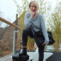 Outfit: Lederleggings mit Biker-Boots