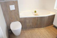 Hoogte Sierstrip Badkamer : 22 beste afbeeldingen van baden toilet flush toilet en powder room