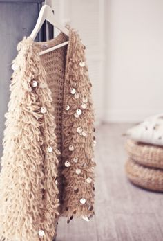 ImageFind images and videos about fashion, sparkle in so cal contest and sparkleinsocalcontest on We Heart It - the app to get lost in what you love. Barbie Mode, Parisienne Chic, Look Boho, Fashion Updates, Mode Inspiration, Mode Outfits, Passion For Fashion, Boho Chic, Knit Crochet