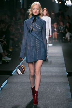 A look from the Louis Vuitton Spring 2015 RTW collection.