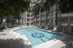 Piscina del edificio en Apartamento 403  para alquolar en varias temporadas