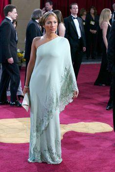 Jennifer Lopez Mint One Shoulder Embroidery Dress Oscar Awards 2003 Red Carpet Dress Beautiful Dresses, Nice Dresses, Formal Dresses, Best Oscar Dresses, Oscar Fashion, Valentino Dress, Dresses For Less, Embroidery Dress, Red Carpet Looks