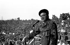 bob hope | Bob Hope entertains the troops in 1971 at Cu Chi, in Vietnam; Hope ...