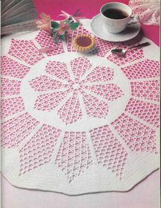 Crochet lace tablecloth yarns Ideas for 2019 Motif Mandala Crochet, Crochet Doily Diagram, Crochet Doilies, Crochet Lace, Crochet Mens Scarf, Crochet Baby Pants, Gypsy Crochet, Thread Crochet, Doily Patterns