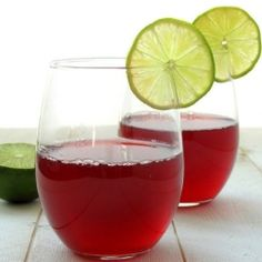 Anti-oxidant rich ice tea with rooibos and blueberry Thé Rooibos, Iced Tea Recipes, South African Recipes, Whole Foods Market, Vegetarian Cooking, Food Industry, Sweet Tea, Herbal Remedies, Natural Remedies
