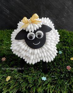 Sheep from cotton swabs / Schaap van wattenstaafjes / Craft / Knutselen / Spring / Lente