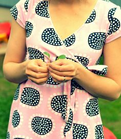 "mallikelpoinen: Auringonkukka Leena Renko's design ""Auringonkukka"" (Sunflower) and a simple wrap dress. Sunflowers, Sewing Ideas, Wrap Dress, Fabrics, Fancy, Simple, Pictures, Diy, Inspiration"