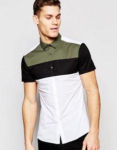 Camisa ajustada de manga corta con detalle de paneles cosidos de ASOS