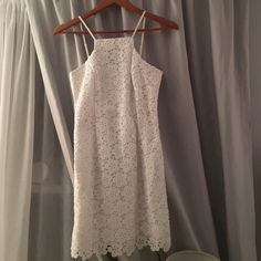Lilly Pulitzer Dress Size 2 Beautiful white new with tags Lilly dress!! Lilly Pulitzer Dresses Mini