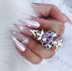 Love Nails, How To Do Nails, Pretty Nails, Bling Nails, Stiletto Nails, Aurora Nails, Sharp Nails, Look At My, Swarovski Nails