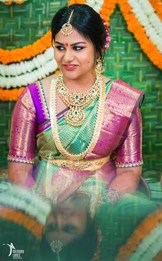 Wedding Saree Blouse Designs, Pattu Saree Blouse Designs, Wedding Dresses Short Bride, Dress Wedding, Wedding Bridesmaids, Trendy Wedding, Wedding Ideas, Saree Wedding, Indian Bridal Sarees