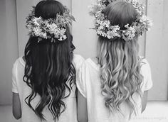 reminds me of me and my friend, except i wish that was my hair all the time