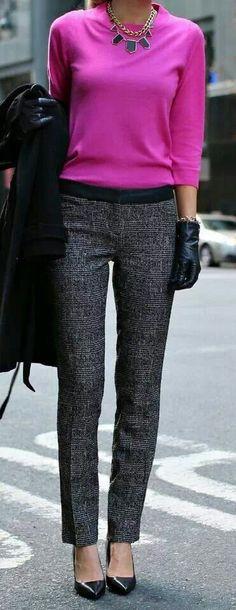 pull rose - pantalon gris chiné