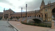 Plaza de Espana (Sevilla) Plaza, Louvre, Building, Travel, Sevilla, Vacation Travel, Photo Illustration, Buildings, Viajes