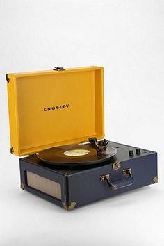 1000 id es sur le th me stockage de disque vinyle sur pinterest rangement d - Tourne disque urban outfitters ...
