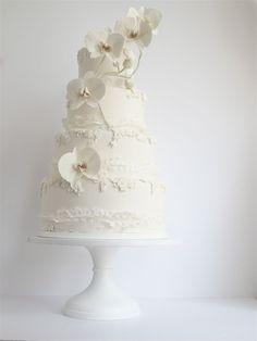Swooned: Maggie Austin: Cake Design's Leading Lady All White Wedding, White Wedding Cakes, Beautiful Wedding Cakes, Beautiful Cakes, Ivory Wedding, Wedding Gowns, Dream Wedding, Orchid Wedding Cake, Orchid Cake