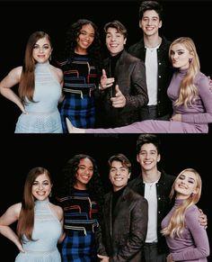 Zombie Disney, Disney Xd, Disney Magic, Disney Channel Original, Original Movie, Dov Cameron, Zombie Birthday Parties, Meg Donnelly, Baby Ariel