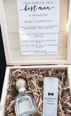 Best man & groomsmen proposal box - Groomsmen Gifts - Best Man Gifts - Wedding Day Gifts - Wedding Thank You Gifts - Gifts for Him Groomsmen Invitation, Groomsmen Proposal, Bridesmaid Proposal Box, Bridesmaids And Groomsmen, Mismatched Groomsmen, Country Groomsmen, Groomsmen Suspenders, Groomsmen Grey, Groomsmen Boutonniere