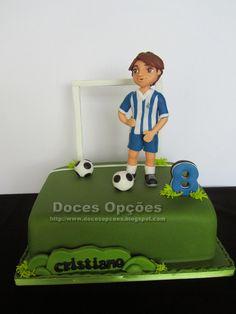 Doces Opções: Bolo do Cristiano jogador de futebol