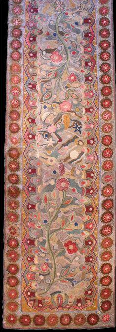 American hand hooked rug - Circa 1940