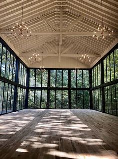 Glass Chapel in the woods Future House, My House, House Goals, My Dream Home, Wedding Venues, Wedding Ideas, Dream Wedding, Garden Wedding, New Homes