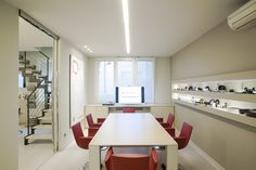 Uffici #arredamento #uffici #design #creative #office www.paolocavazzoli.it
