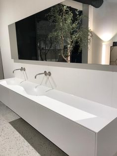 Tiz Design - Solid Surface, Hi-Macs en Corian Wastafels en Badmeubels. Lavabo Corian, Solid Surface, Home And Deco, Bathroom Furniture, Decoration, Modern Design, Furniture Design, Sink, New Homes