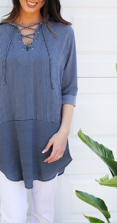 Nautical lace up tunic + white capris >> perfect for summertime!