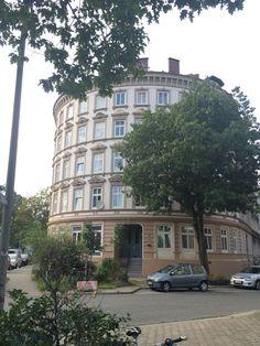 Hamburg: Hammerbrook – Einige wenige Häuser haben den Bombenangriff auf Hammerbrook überstanden.