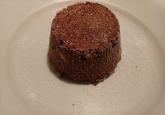 Tortino crudista mandorle, cocco, cacao e banana