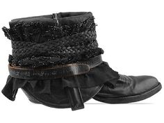 Vintage LUXURY JONES 34 Black Beads Size 8.5 in Black at Solestruck.com
