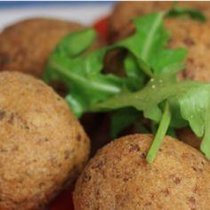 chifteluțe Baked Potato, Mashed Potatoes, Baking, Ethnic Recipes, Food, Home, Whipped Potatoes, Smash Potatoes, Bakken