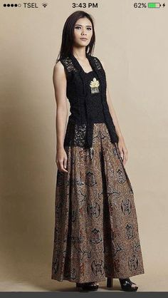 Muslim Fashion, Ethnic Fashion, Hijab Fashion, Fashion Outfits, Womens Fashion, Lolita Fashion, Emo Fashion, Batik Blazer, Blouse Batik