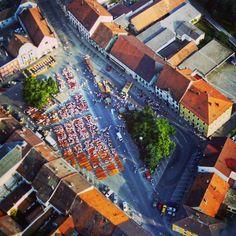 Morgen findet wieder das Bürgerfest in Osterhofen statt. Dazu haben wir ein Luftbildaufnahme von Früher.  #LuftbilderOsterhofen #Osterhofen #Bürgerfest #Luftbilder #Luftbildaufnahme #Drohne #DJI #Inspire1