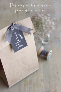 ©La mariee aux pieds nus - Des etiquettes tags ardoise merci a telecharger